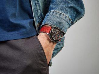 модерен часовник